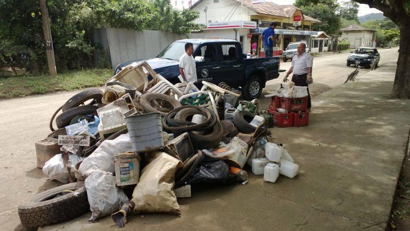 Compaña de barrida contra el dengue en Cartagena, dejó 2730 kg de residuos y 500 kg de material reciclable