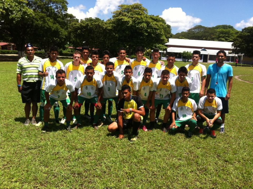 Selección Masculina de Fútbol de Santa Cruz,