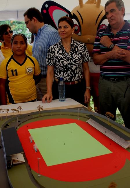 Avanza remodelación del estadio de Liberia