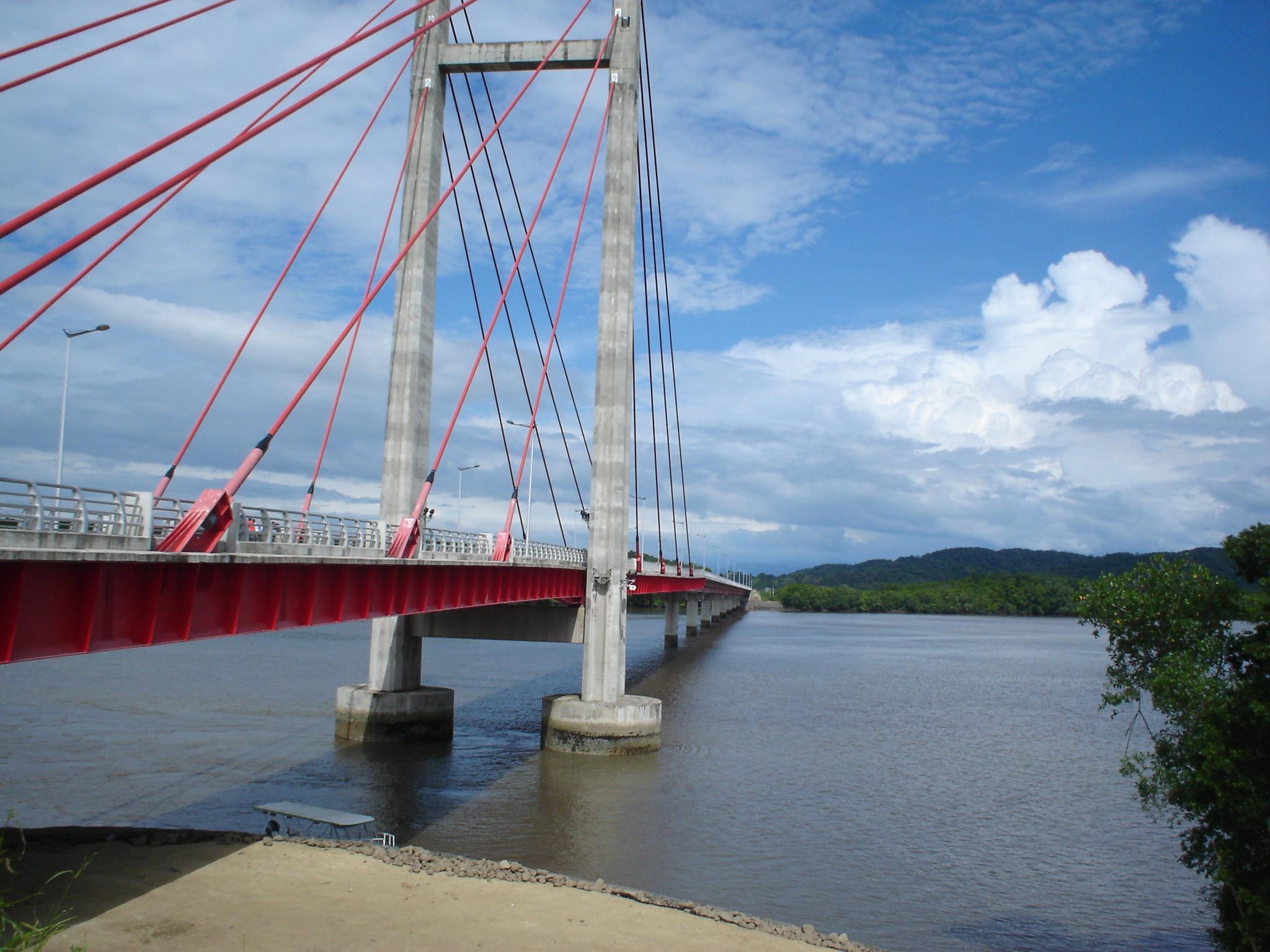 Proyecto de ley pretende crear peaje en el puente sobre río Tempisque