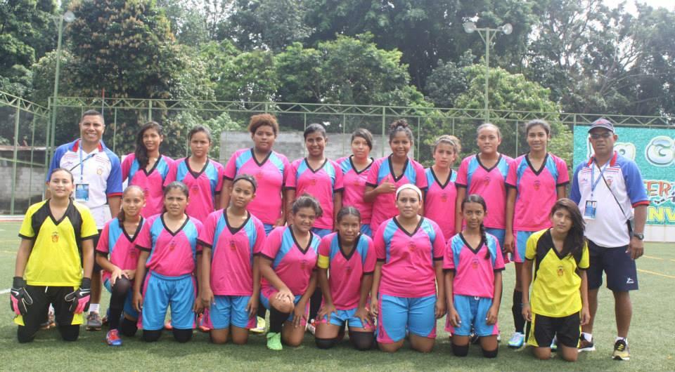 Liceo Santa Cruz Obtiene el campeonato Centroamericano de Futbol Femenino