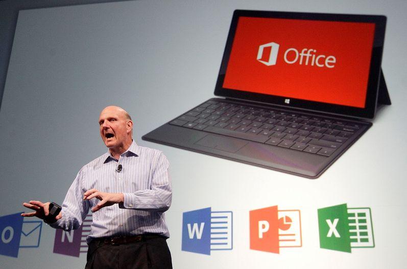 CEO de Microsoft Steve Ballmer dejara su cargo