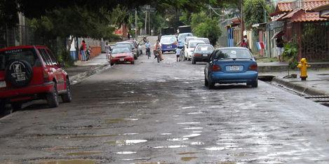 Huecos y Zanjas son la carta de presentación, de las Principales calles en Liberia