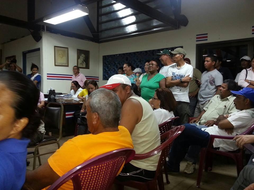 Rebaja ₡1.650  por concepto de Viáticos, provocó huelga en los empleados de la Municipalidad de Santa Cruz