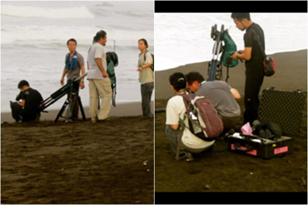 Equipo Filmación Japonés se encuentran en Playa Ostional