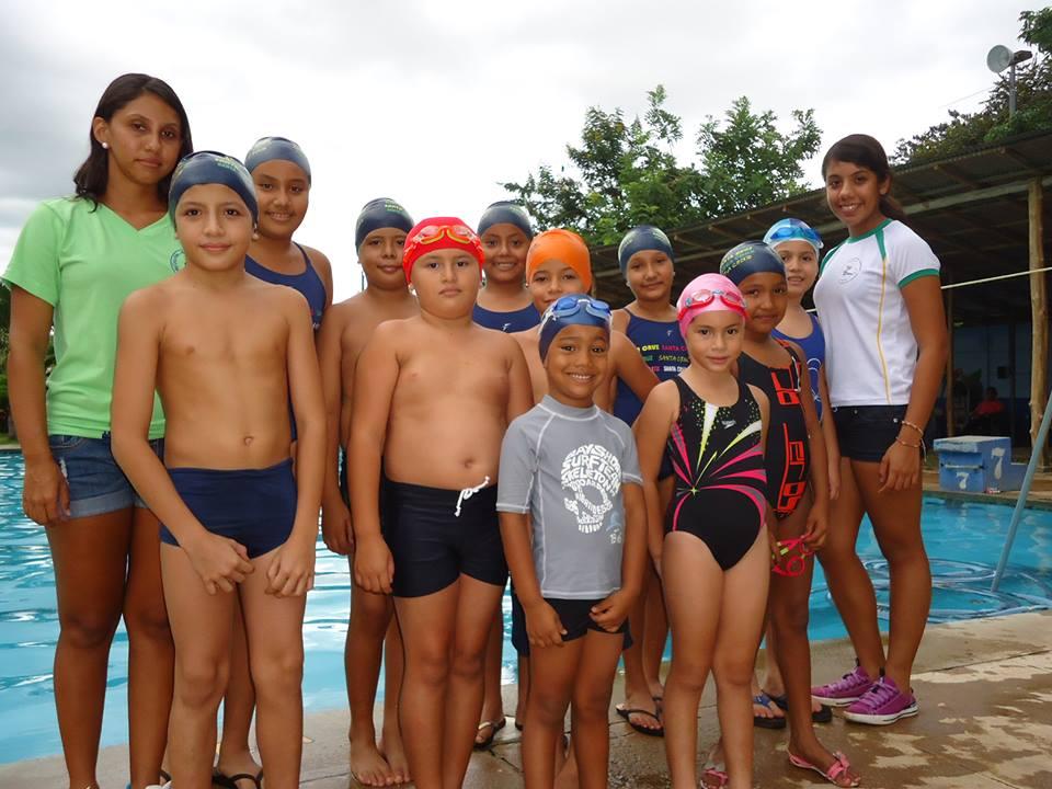 Jóvenes promesas de Santa Cruz, participarán en el XXVIII Torneo de Natación en Alajuela
