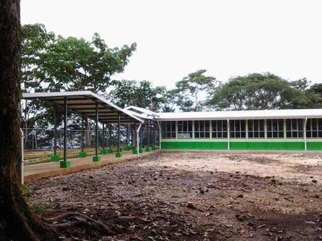 Escuela Manuel Cárdenas y el Liceo Rural La Esperanza en Nicoya, reciben nuevas edificaciones