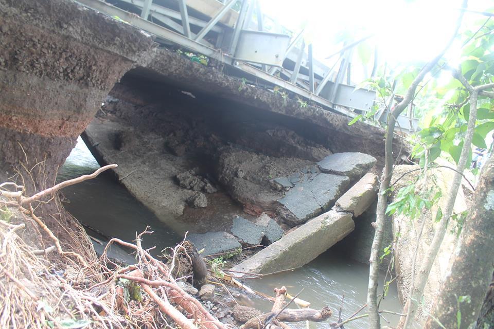 Un puente falseado mantiene cerrada la ruta 150 entre Nicoya y Sámara