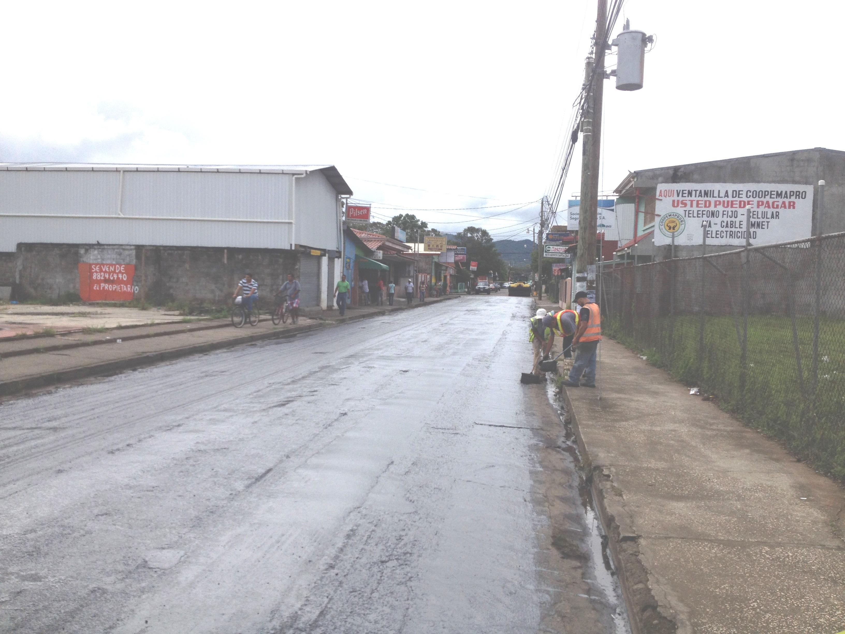 [Audio] Municipalidad de Santa Cruz inicia la colocación de 2500 toneladas de asfalto, en las principales calles de Santa Cruz