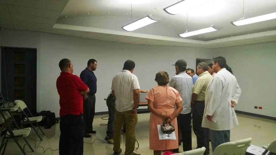 CNE brindó capacitación sobre Manejos de Equipos de Comunicación, a miembros de Comités Comunales en Santa Cruz